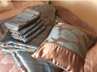 King Size Bedeck Duvet Set with matching Quilted Bedspread/Throw and Cushion