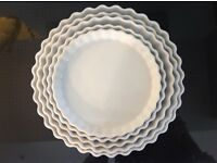 Set of 5 FLAN/QUICHE baking dishes - white fluted ceramic