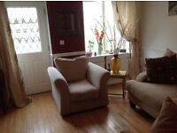 🔴🔴🔴 beautiful Armchair N Amazing Perfect Condition