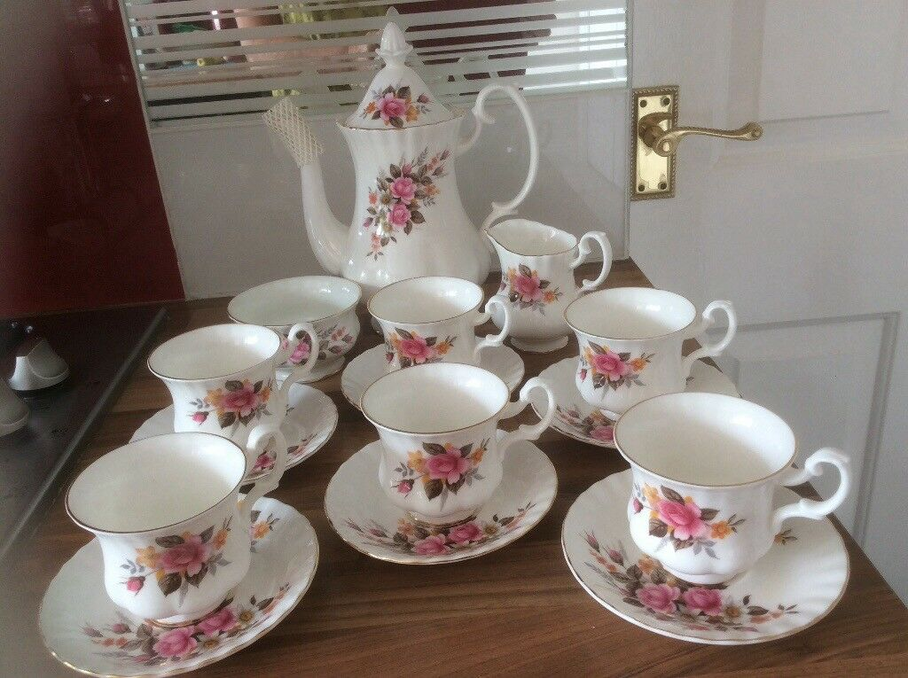 Richmond Bone China Coffee Set