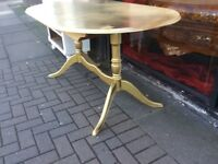 Twin pedestal dining table extends