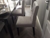 Dining room furniture set in black gloss and 8 grey fabric seats