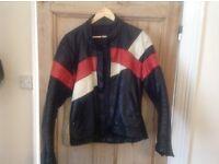 Vintage bikers leather jacket size 40ish