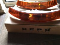 RENAULT TRAFIC / NISSAN PRIMASTER FRONT PAIR OF INDICATOR LENSES CAME OF A RENAULT TRAFIC 2004