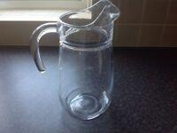 4 pint glass jug