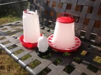 1 CHICKEN FEEDERS AND 2 CHICKEN DRINKERS - POULTRY OR SMALL FURRIES