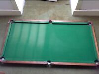 Slate bed snooker/ pool table