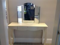 Cream dressing table and 3 angled mirror