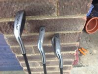 Bag of golf 21 clubs in Wilson bag with balls and tee's(well over £200 worth)