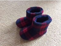 Boys M&S slippers size 6 excellent condition