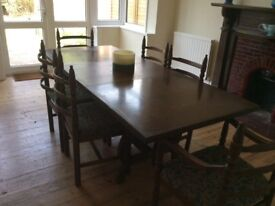 Youngers solid oak dinig table and 6 chairs