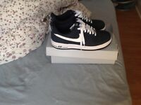 Nike Air Force 1 £40 Size 7.5 Navy/White
