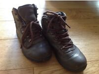 Children's walking boots uk size 2