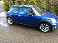 Beautiful Mini Cooper 1.6 chilli pack. Not ka fiesta golf polo corsa Astra focus bmw mercedes 308