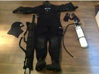 O'THREE DRY SUIT,3LT PONY BOTTLE 1st STAGE REGULATOR,WEIGHT BELT AND WEIGHTS