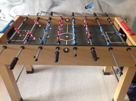Wooden table football 4ft excellent condition