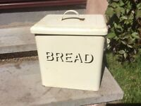 Cream Tin Bread Bin