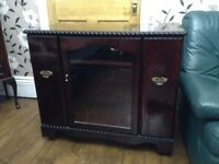 Cabinet, Display, Hi Fi unit lovely solid piece of furniture only £20 for quick sale