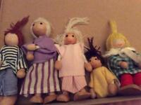 Dollshouse family