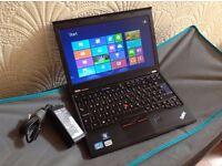 Lenovo ThinkPad X220i 12.5-inch Notebook (Intel Core i3 2.3GHz Processor, 4GB DDR3-SD RAM, 320GB HDD