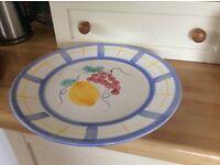 Large ceramic plate/dish/platter