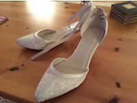 Worn once BHS bridal shoes size 6. Very good condition. Ivory.