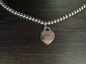 "Tiffany & Co. 16"" beaded necklace with 'Please return to' heart pendant"