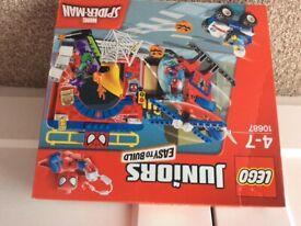 Lego juniors 10687 Spider-Man set unopened