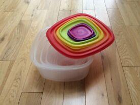 Plastics storage containers