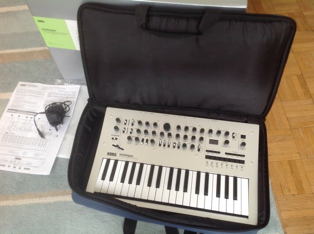 korg minilogue analogue polyphonic synth soft case original box etc hardly used in. Black Bedroom Furniture Sets. Home Design Ideas