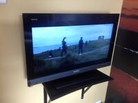 """32"""" SONY TELEVISION WITH SHELF"""