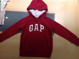 Girls fleece Gap Logo Hoody - aged 6-7 years