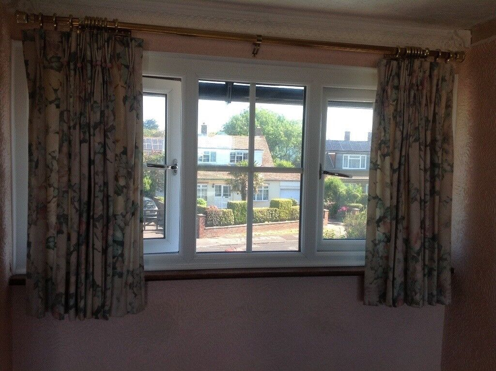 Curtains suitable for lounge/dining room/ bedroom
