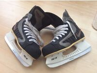UNISEX BLACK NIKE IGNITE 7 ICE HOCKEY SKATES, SIZE 3 .5