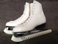 Ladies Ice Skates