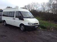 04. Reg transit minibus. 9 seater. 950. Romford Essex