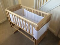 Gliding Crib in excellent condition