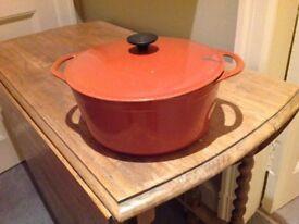 Large Cousance casserole