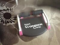 Wonder core exercise machine. It comes with instruction booklet and a DVDs.As new.