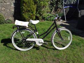 Victoria Pendleton Girls bicycle
