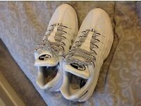 Mens size 10 airmax brand new without box