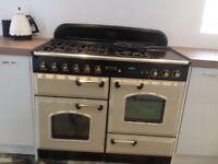 Used leisure rangemaster 110 gas cooker in cream