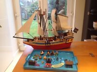 Playmobil pirate boat, second hand. Almost complete, missing few little accessories