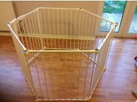Very good condition playpen for £30