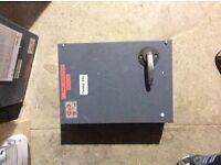 MEM 100a Three Phase Isolators