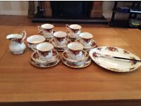 29 Pieces Royal Albert, Old Country Rose