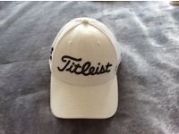 Titleist white golf cap (Large)