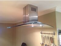 Glass cooker hood with 4 spots, in good condition.