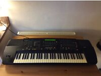 Roland E86 Intelligent Synthesiser Keyboard & stand & bag