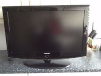 """SAMSUNG 32"""" FREEVIEW 3 HDMI PC SCART SWIVEL STAND REMOTE NICE PICTURE"""
